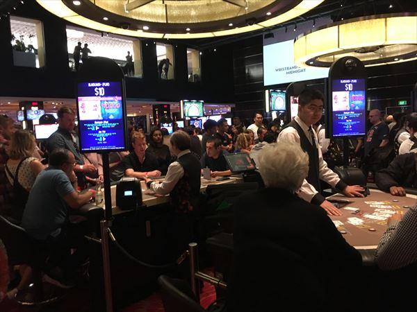 カジノのテーブルゲームではチップへの両替が可能