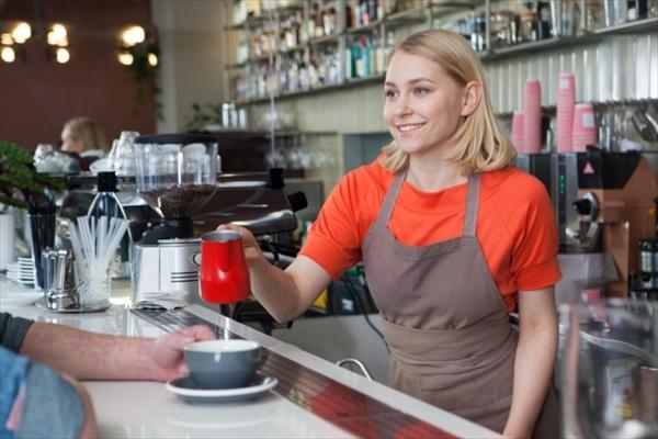 ニュージーランドのカフェで仕事をする