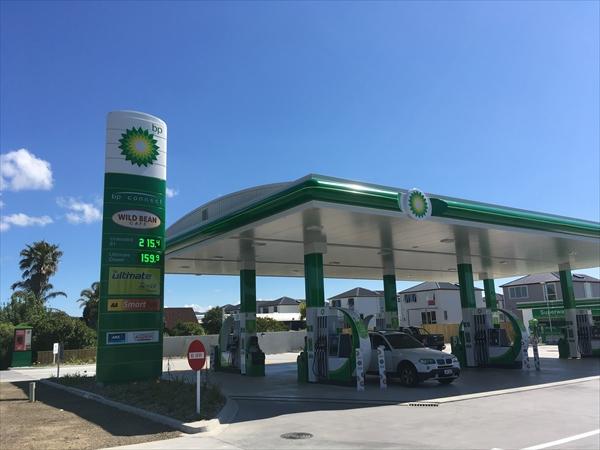 ニュージーランドのガソリンスタンドはセルフ式