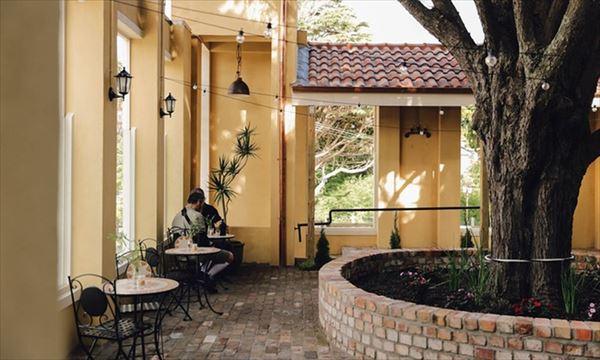カフェの中庭