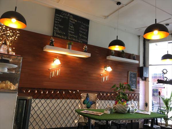 グレイリンのカフェ、koffee bar