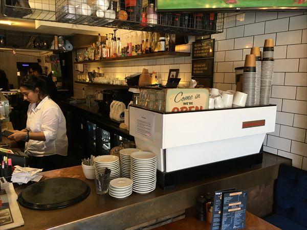 人気エリアのカフェは一般的に高い